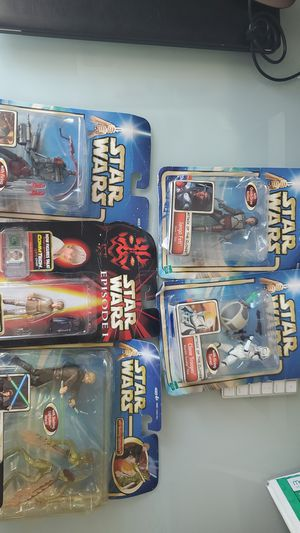 Multiple Star Wars Action Figures for Sale in Miami, FL