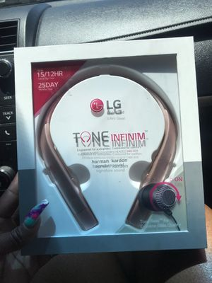 Lg Bluetooth Headset 920 Brand New in box for Sale in Arlington, TX