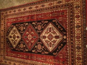 Surya 5x7 Area Rug for Sale in Enfield, CT