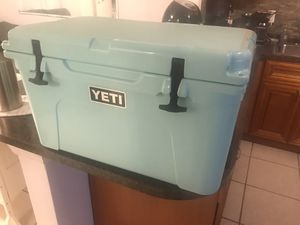 Yeti Tundra 45 for Sale in Fort Lauderdale, FL