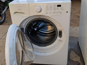Frigidaire washer for Sale in Moreno Valley, CA