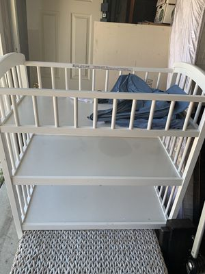 Diaper changing table for Sale in San Diego, CA