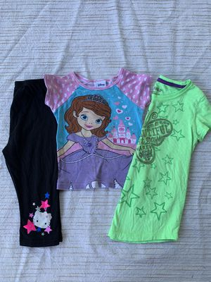 3 pc summer separates lot size 4T girls princess Disney Hello Kitty for Sale in Painesville, OH
