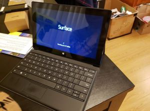 Windows surface RT 64gb-black-(wifi) for Sale in Seattle, WA