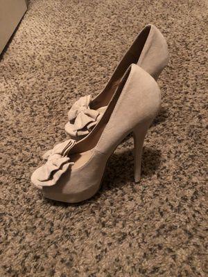 Beige Tan Pump heels size 7.5 for Sale in Kennewick, WA