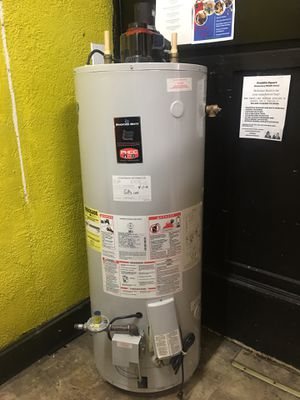 48 gal 90+ natural gas hot water tank-heater for Sale in Baltimore, MD
