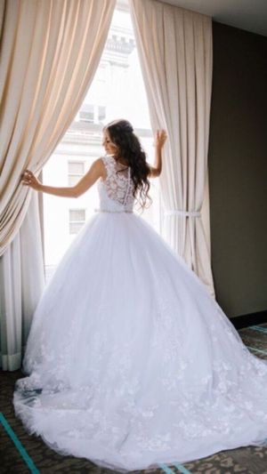 White princess wedding dress for Sale in Vancouver, WA