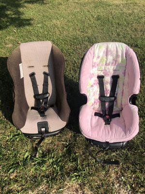 5-40 lbs rear and forward facing car seat for Sale in Okeana, OH