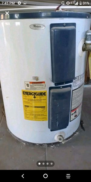 40 gallon hot water heater for Sale in Las Vegas, NV