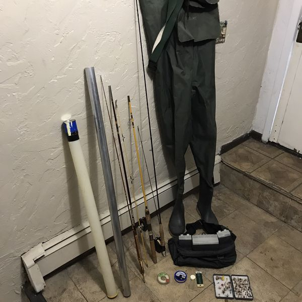 Lot Fly Fishing Gears Used In Good Condition