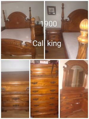 Cali king size bedroom set for Sale in Fontana, CA