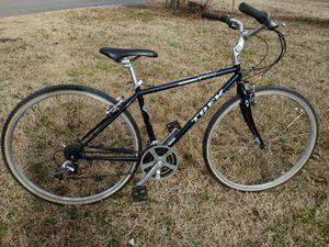 """17"""" Trek hybrid bike (5'1-5'8) for Sale in Nashville, TN"""