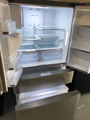 Samsung Stainless Steel Fridge - Brand New for Sale in Clearwater, FL