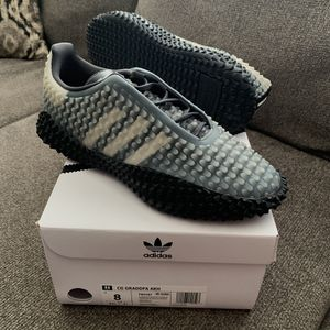Adidas CG Graddfa AKH for Sale in Englewood, CO