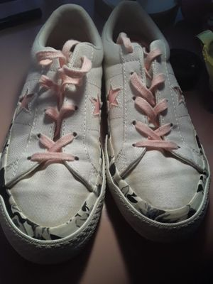 Flower Converse for Sale in Kissimmee, FL