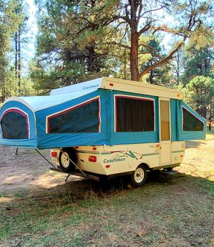 1998 Coachmen Popup camper/trailer very light easy to tow and clean for Sale in Phoenix, AZ