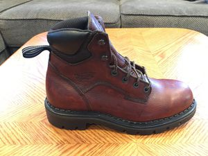 Red Wings Women's Work Boots size 61/2 New for Sale in Los Angeles, CA