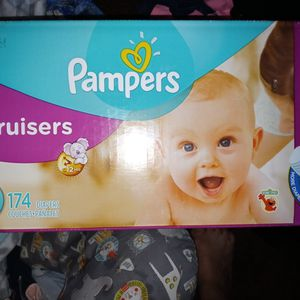 Pampers Curser Size 3 for Sale in Fresno, CA