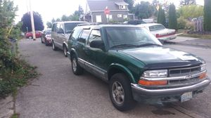 2000 Chevy s10 blazer four-wheel drive V6 for Sale in Bremerton, WA
