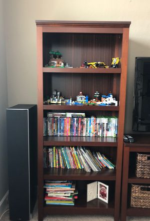 2 Bookshelves and 1 tv console set for Sale in Tulare, CA