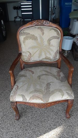 Tropical Wooden Chair..perfect for bedroom or extra seating for Sale in N REDNGTN BCH, FL