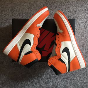 Jordan Retro 1 Reverse Shattered Backboard sz 11.5 DS for Sale in Orlando, FL
