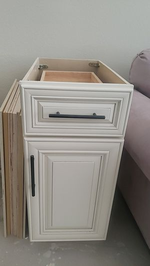 Antique white base bottom cabinet for Sale in Perris, CA