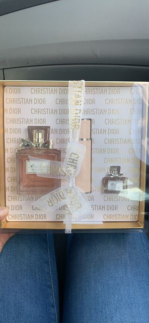 Dior gift set brand new - miss Dior for Sale in Chula Vista, CA