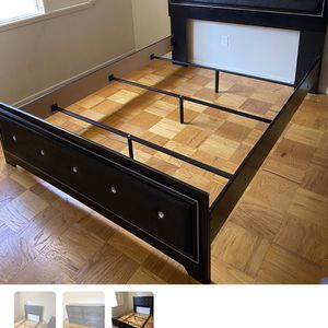 Full Size Bedroom Set for Sale in Los Angeles, CA