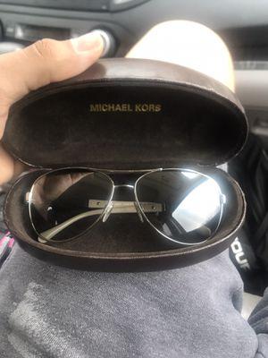 Burberry sunglasses for Sale in Greensboro, NC