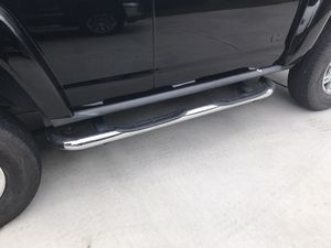 Hummer H3 Running boards nerf bars for Sale in Marysville, WA