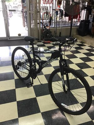 Hyper Male MT. Bike blk/grey with shocks m#HAVOC FS for Sale in Fort Worth, TX