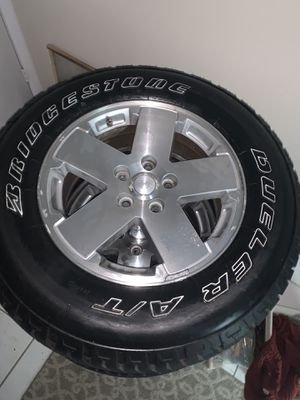 """5 Jeep Wrangler Tires 18"""" 5x5 P255/70/18 for Sale in Germantown, MD"""