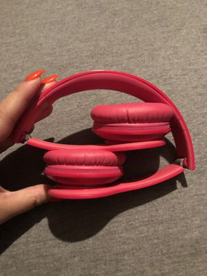 Barely used Beats by Dre Solo HD for Sale in Orlando, FL
