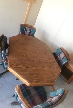 Breakfast dinning table with 4 chairs on coasters and leaf for Sale in Las Vegas, NV