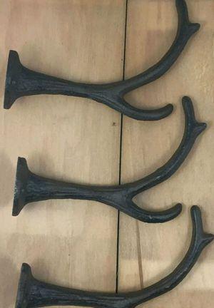 6 antler hooks for Sale in Minocqua, WI