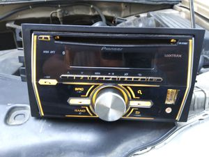 Pioneer Stereo mixtrax FH-x700bt for Sale in Huntington Park, CA