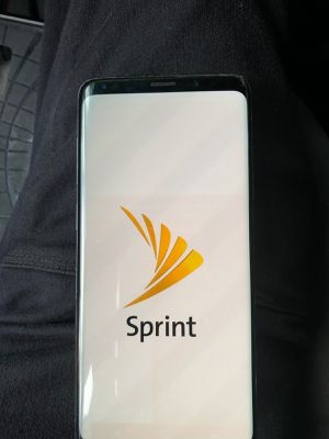 Unlocked samsung s9 plus 500 obo for Sale in Redwood City, CA