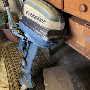 5.5 Evinrude Outboard Motor for Sale in Verona, PA