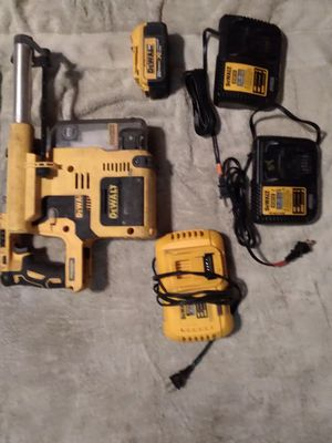 Dewalt 20V rotary hammer w dust Extractor for Sale in Portland, OR