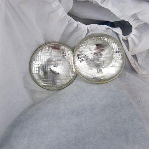 2 Halogen Headlights for Sale in Parkland, WA