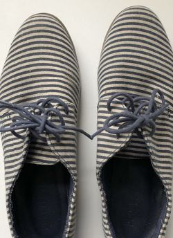 Forever 21 Striped Oxford Shoes for Sale in Queens,  NY