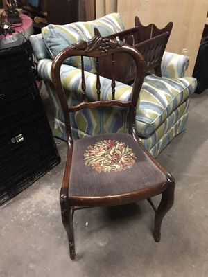 Vintage/Antique Wooden Chair for Sale in Raleigh, NC
