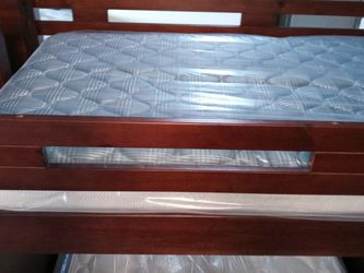 Twin Full Bunk Bed for Sale in Houston,  TX