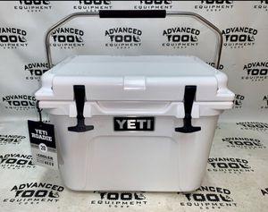 Brand New Yeti Roadie 20 Cooler Christmas Sale! for Sale in Hialeah, FL