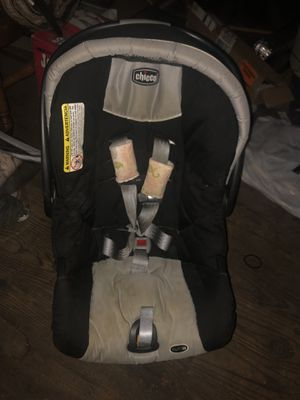 Chico Car Seat and Base for Sale in Scranton, PA