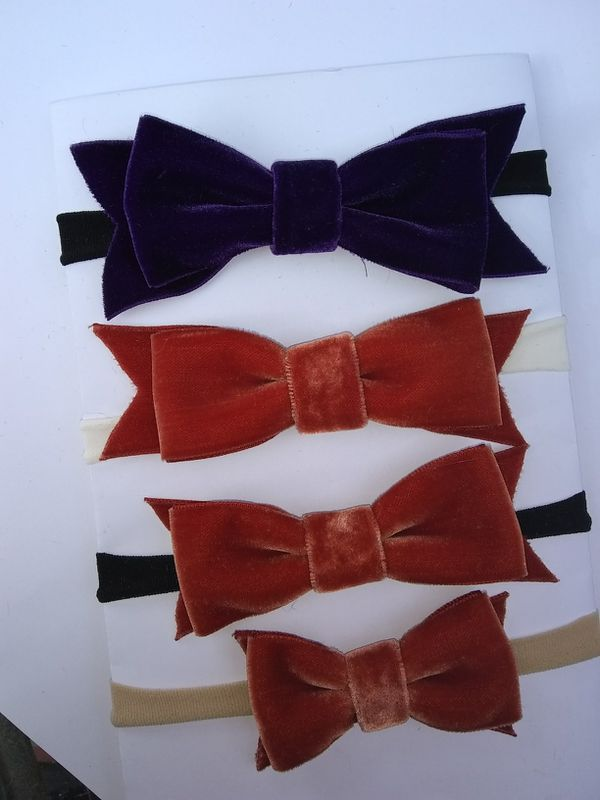 Velvet bow baby head bands (girls)
