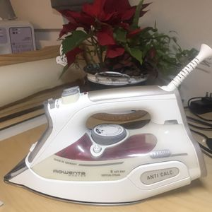 Iron, Rodents Anti Calc, 1750w for Sale in Mercer Island, WA