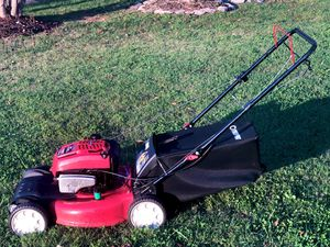 """Troy Bilt TB210 725EX 190cc Self-propelled Lawnmower With Bag 21"""" cut In like new condition for Sale in Murfreesboro, TN"""