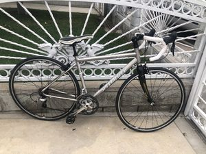 Specialized Sequoia Road Bike for Sale in Commerce, CA